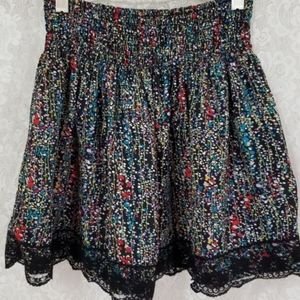 Forever 21 Black Floral Vine & Lace Mini Skirt XS